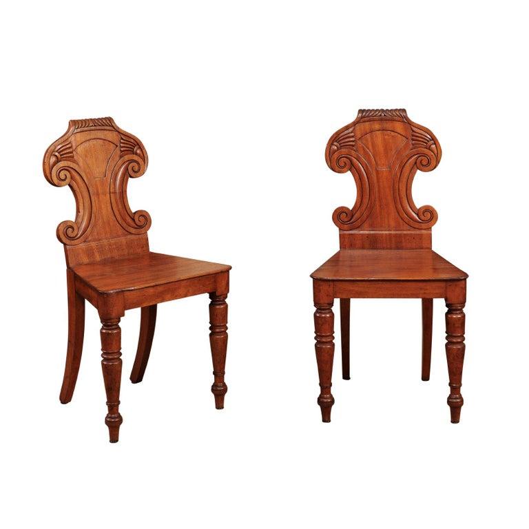 Pair of Regency English Mahogany Hall Chairs, circa 1810 For Sale