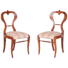 19th Century Pair of Walnut Austrian Biedermeier Chairs, Wien, Period 1830-1839