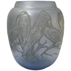 1924 René Lalique Pigeons Vase in Light Blue Glass with White Patina, Birds
