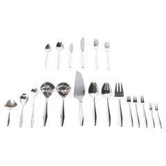 "Gio Ponti ""Diamond"" Sterling Silver Flatware Set of 98 Pieces"
