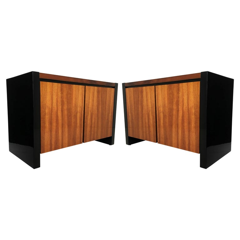 Pair of Henredon Koa Wood and Black Lacquer Nightstands or Side Tables