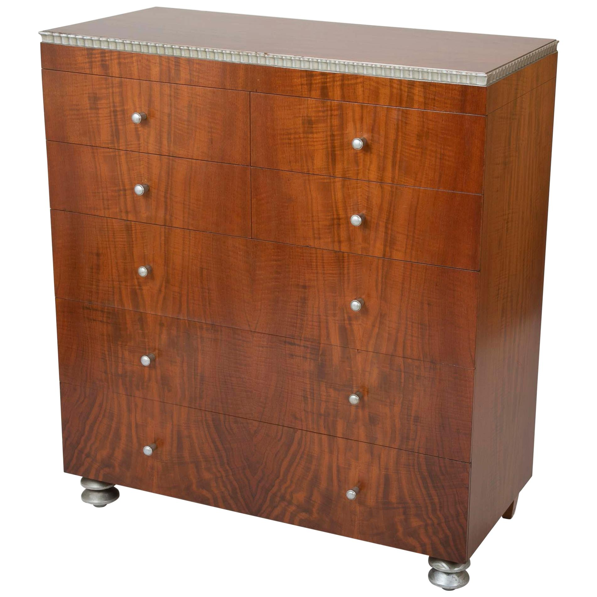Bon American Modernist Walnut Chest Of Drawers By Robert Irwin For Sale