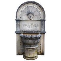 """Wall Fountain in Limestone Dite """"Dainvilloise"""
