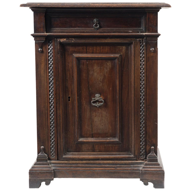 Ancient Sideboard Renaissance Style, Italy End of the 19th Century For Sale