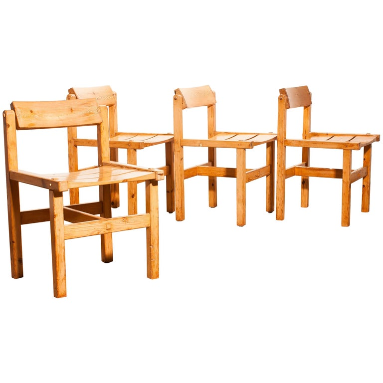 1960s, Set of Four Pine Dining Chairs by Edvin Helseth, Norway For Sale
