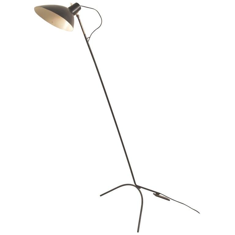 Vittoriano Vigano for Arteluce Rare Italian Floor Lamp Model 1047 For Sale
