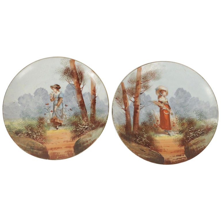 Pair of French Porcelain Hand Painted Plates from the 19th Century For Sale