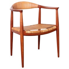 Early Original Round Chair by Hans Wegner