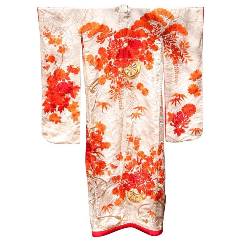 Beautiful Vintage Japanese Ceremonial Kimono Uchikake For Sale