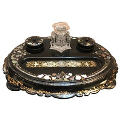 19th Century English Papier Mâché Inkstand with Inlaid Mother of Pearl Inlay