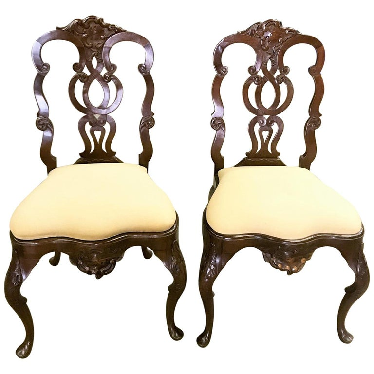 Pair Portuguese Rococo Jacaranda Hand carved Wood Dining Side Chairs Antique LA For Sale