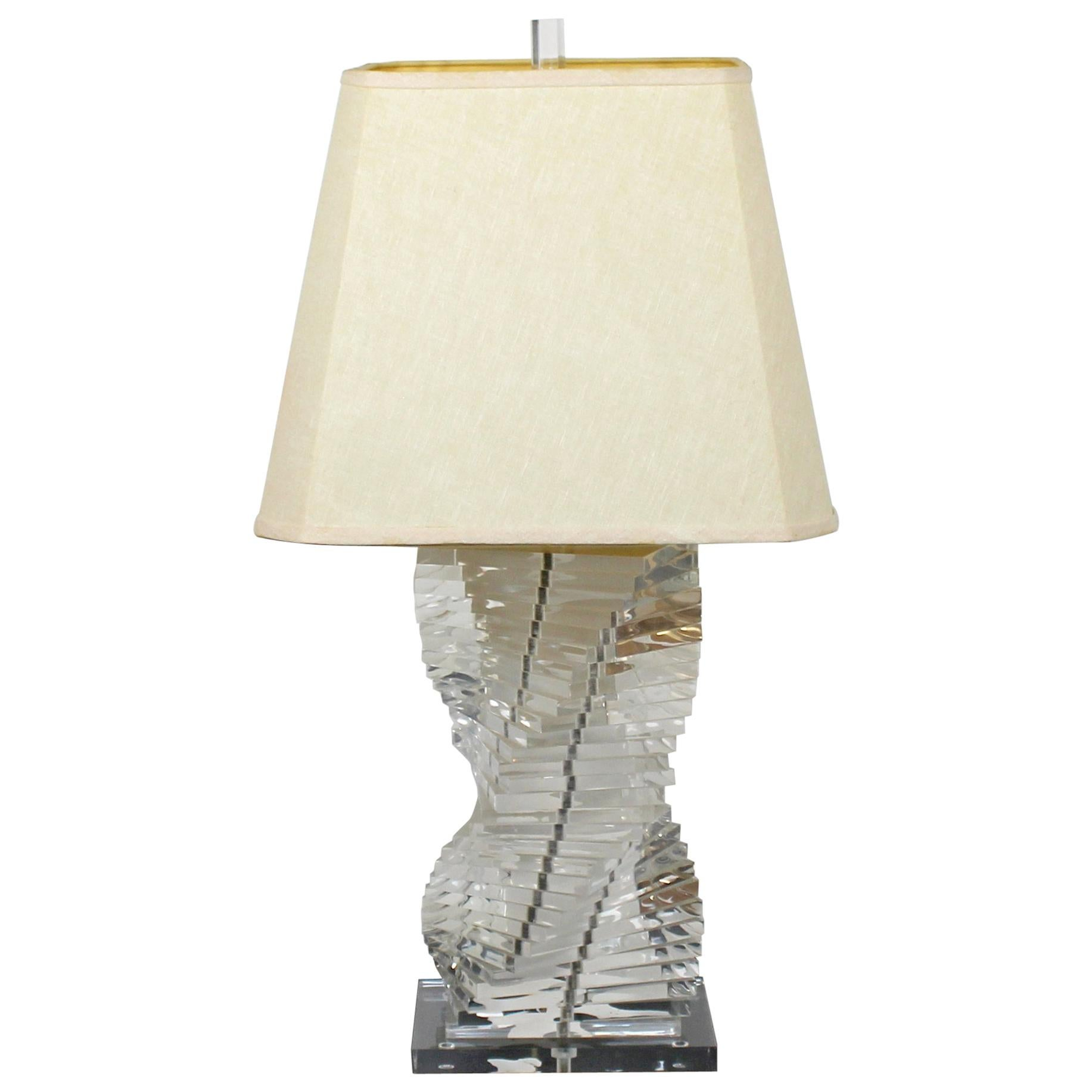 Mid-Century Modern Helix Stacked Lucite Table Lamp Original Finial