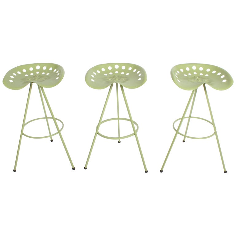 Sensational Set Of Three Midcentury Tractor Seat Bar Stools Restored Lamtechconsult Wood Chair Design Ideas Lamtechconsultcom