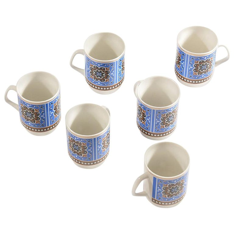 Set of Six Original Midcentury Porcelaine Mugs, circa 1960 For Sale