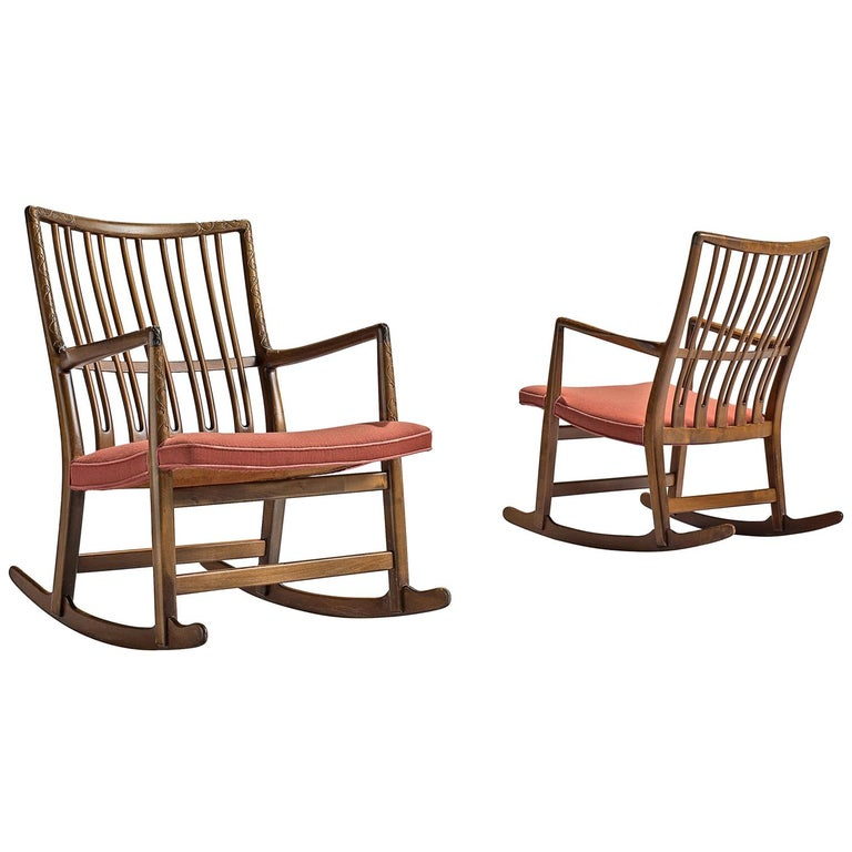 Hans Wegner Set of Two Early 'ML-33' Rocking Chairs For Sale