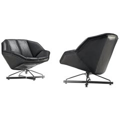 Italian Pair of Swivel Chairs in Black Leather