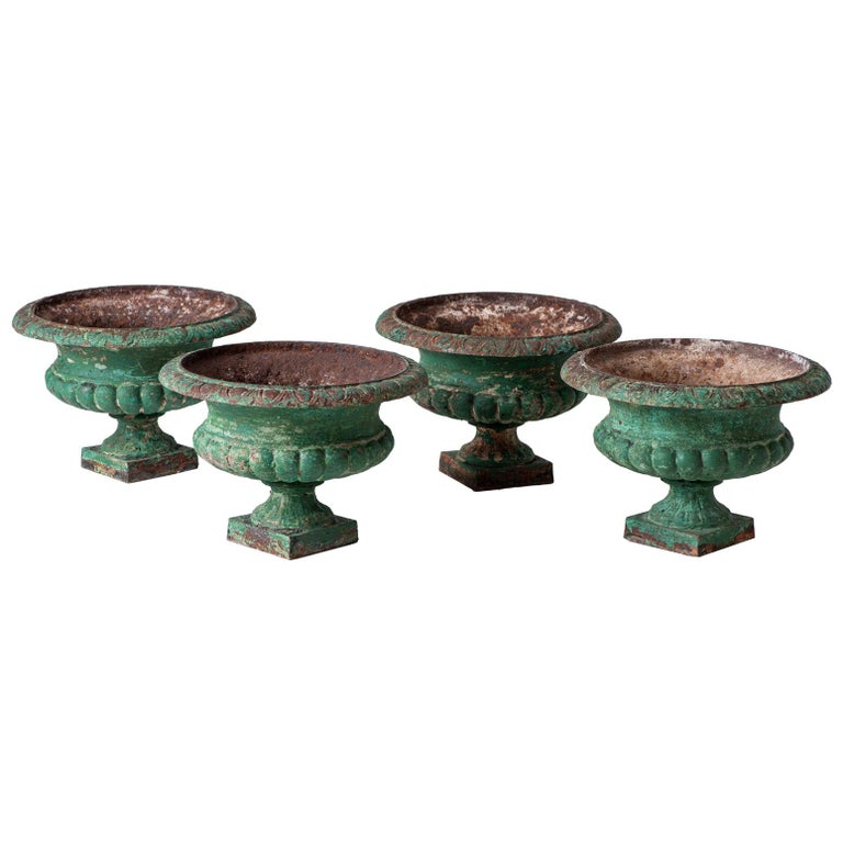 Set Four French Cast Iron Garden Urns, circa 1900 For Sale