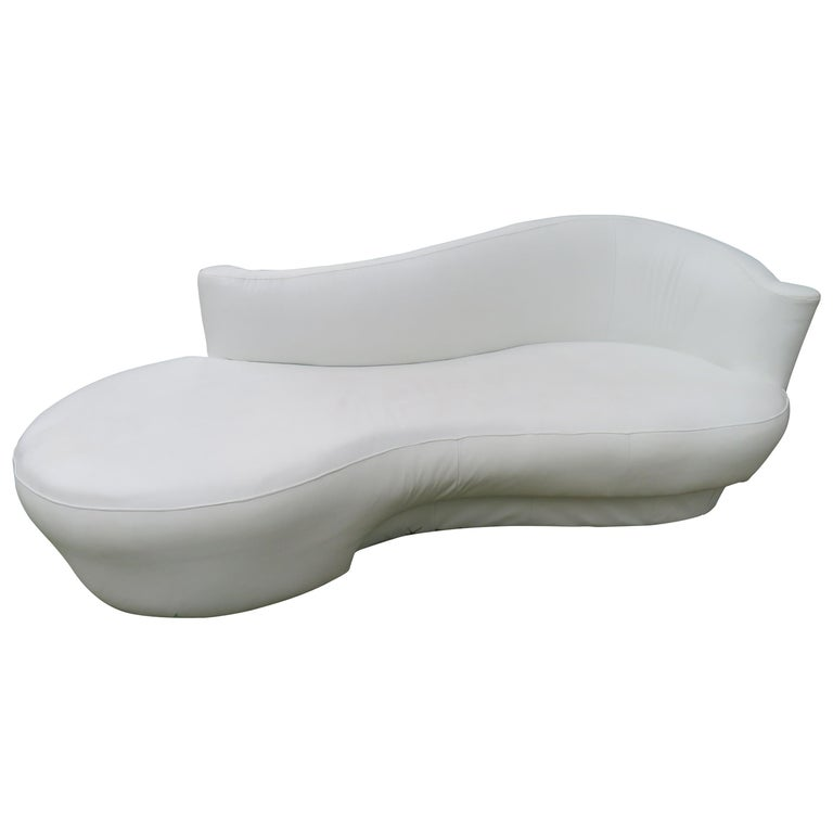Fabulous Vladimir Kagan White Leather Scrolled Arm Cloud Sofa Weiman 1980s For Sale