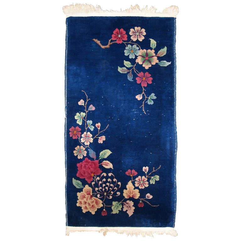 Handmade Antique Art Deco Chinese Rug, 1920s, 1B763 For Sale