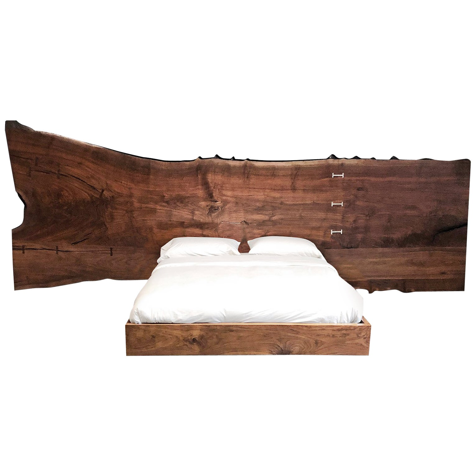 Hudson Bed (walnut slab) By Barlas Baylar