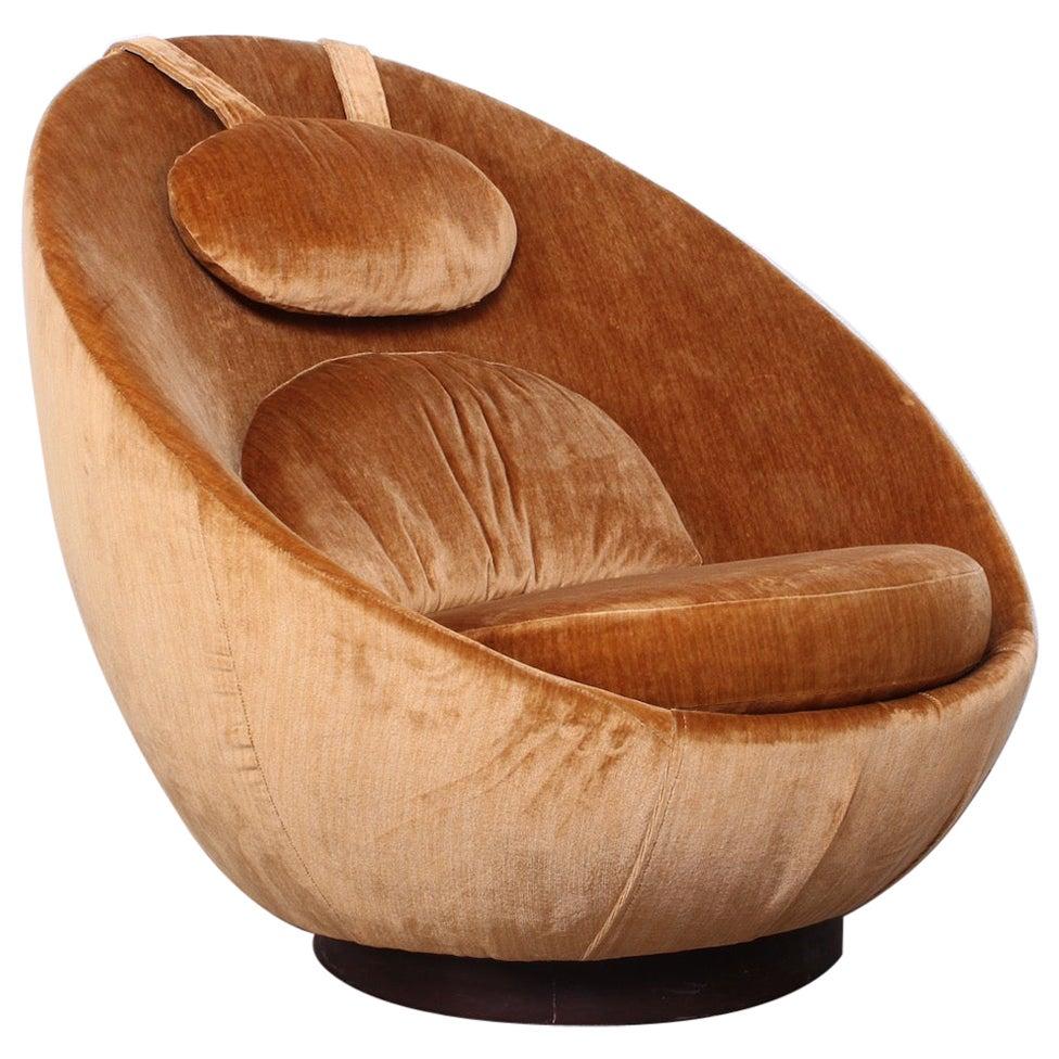 Milo Baughman Rocking Swivel Egg Chair