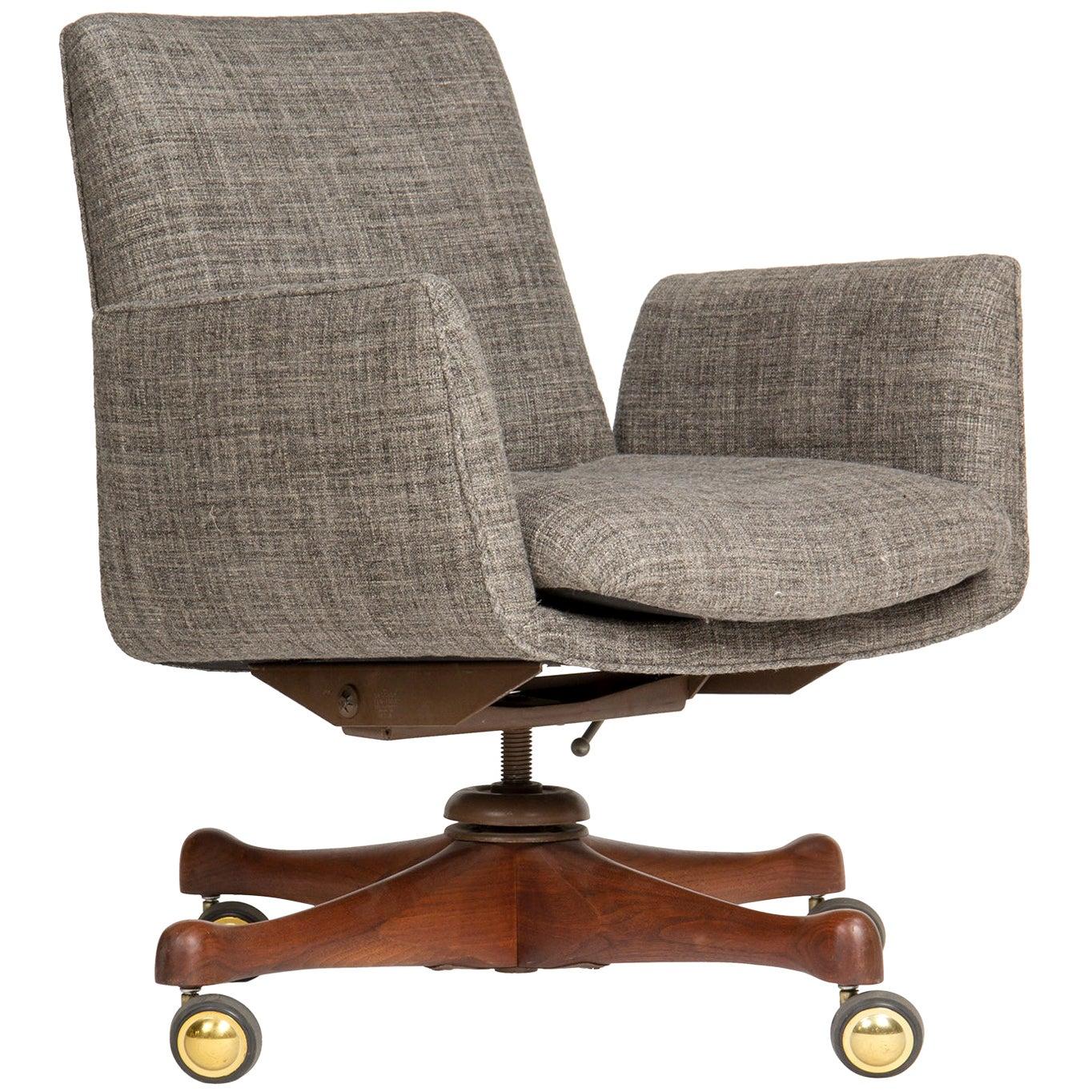 1960s Swiveling Desk Chair by Vladimir Kagan