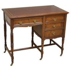 Fine Quality Victorian Walnut Antique Desk