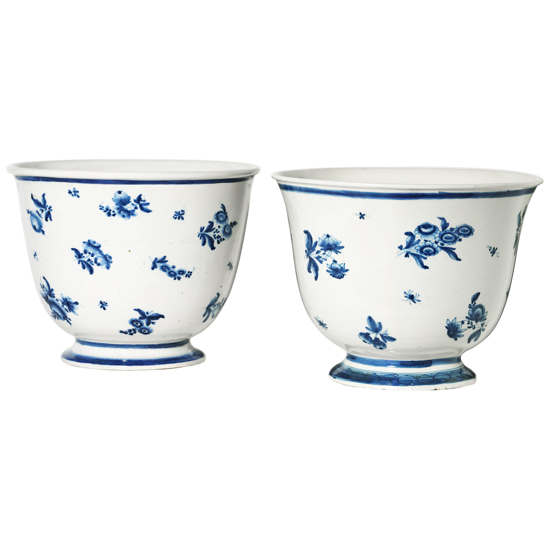 Late 18th Century Pair of Italian Maiolica Vases, Milano, circa 1794