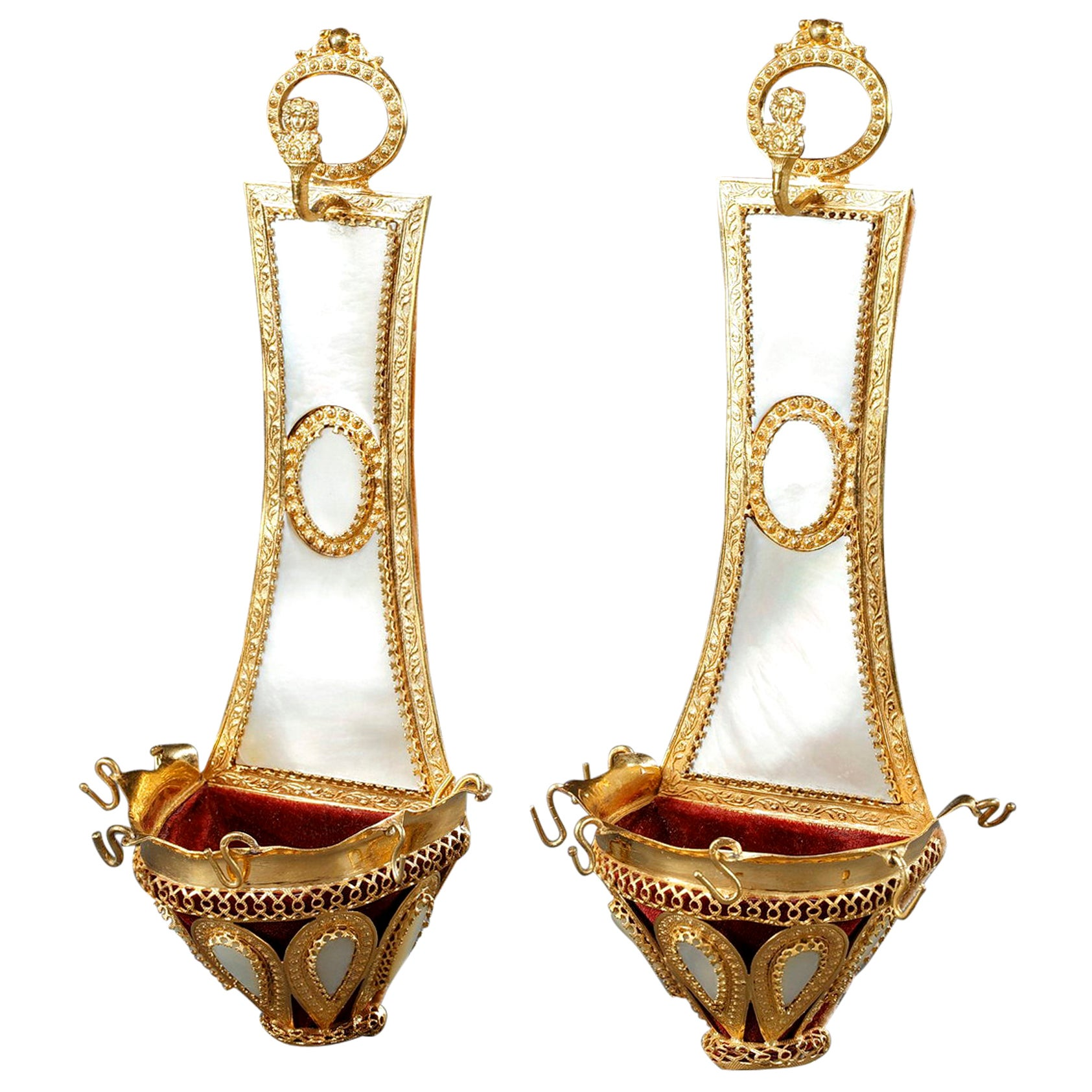 Pair of Ring Holders in Mother of Pearl and Gilt Bronze, Palais Royal Work