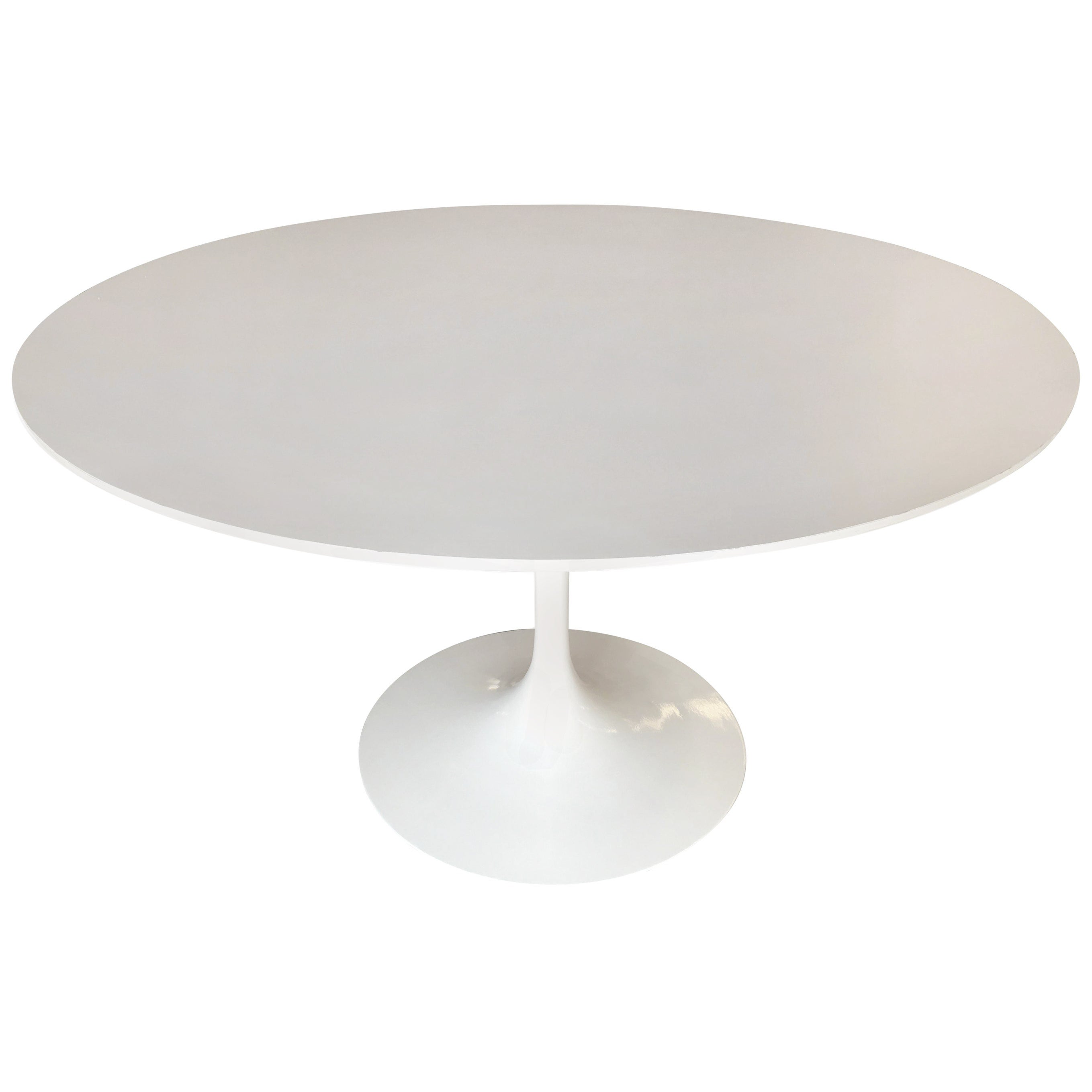 """Eero Saarinen """"Tulip"""" 42"""" Round Dining Table for Knoll"""