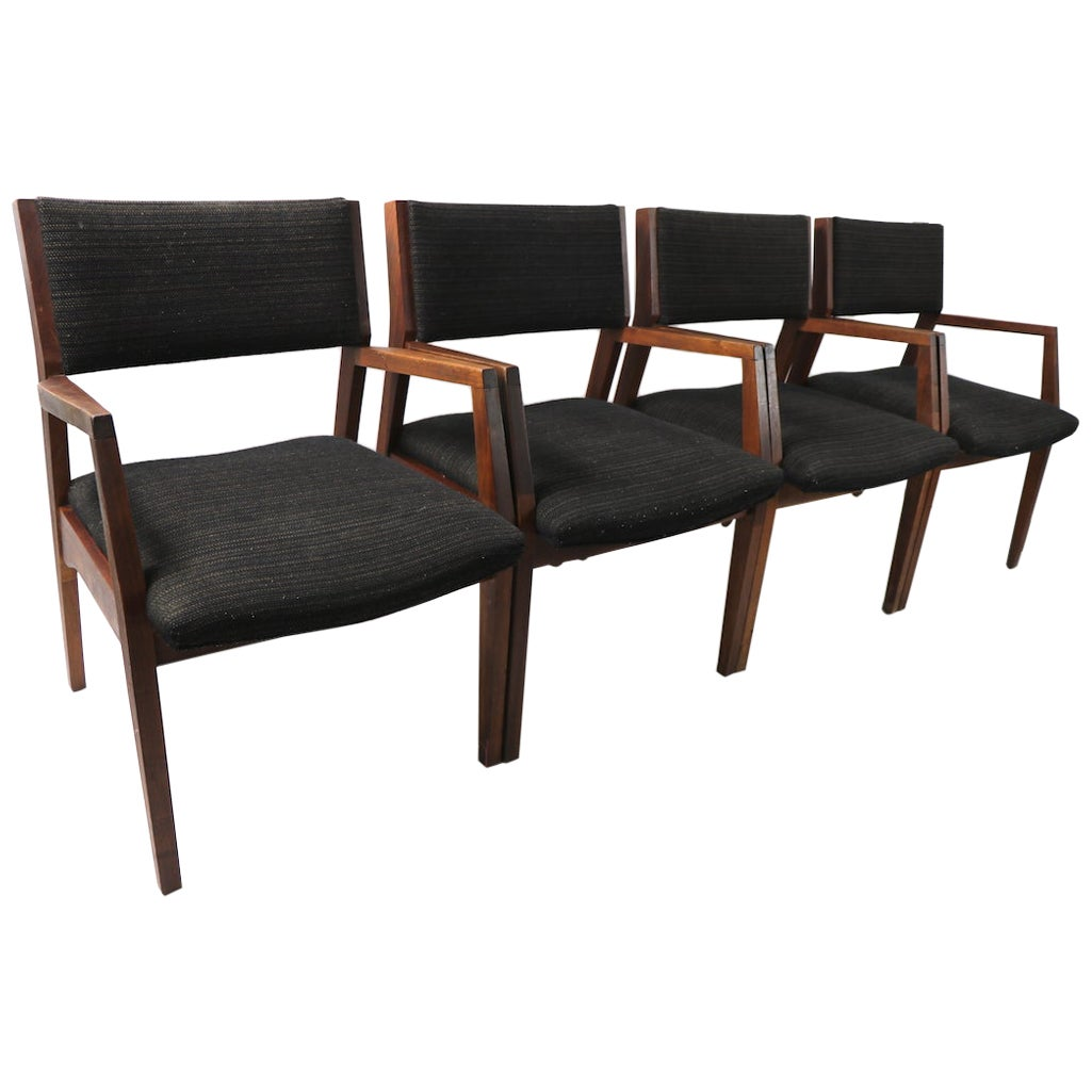 Set of 4 Mid Century Dining Chairs after Risom