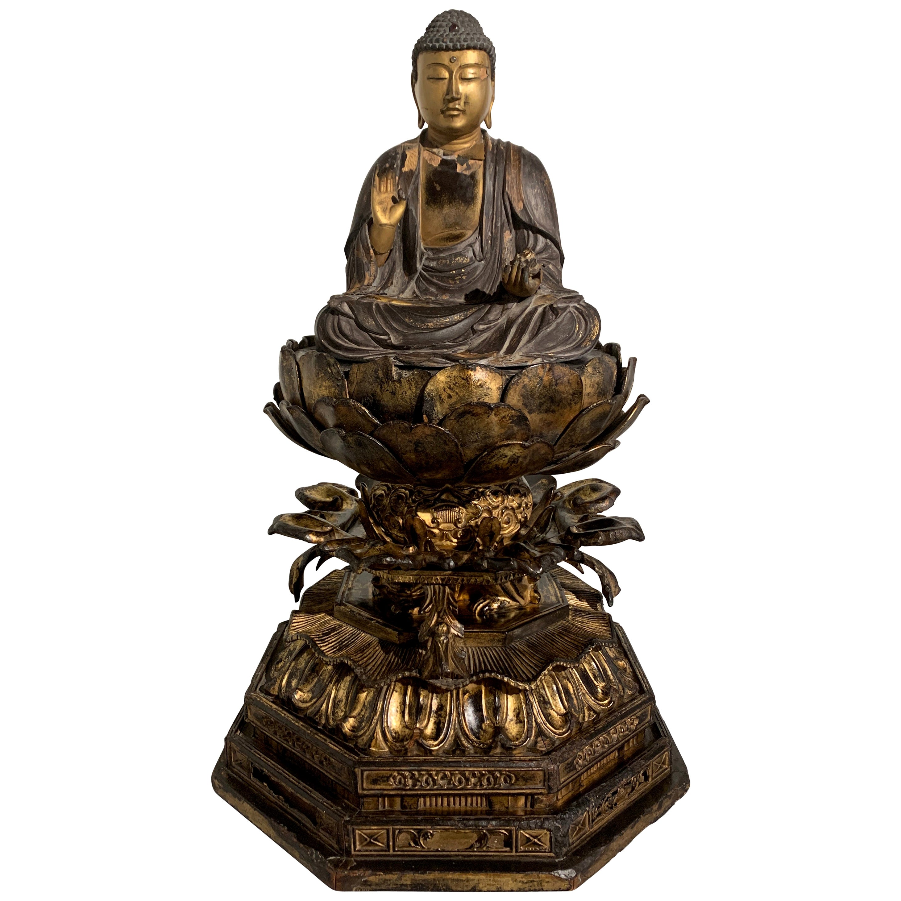 Japanese Giltwood Medicine Buddha, Yakushi Nyorai, Muromachi Period 16th Century