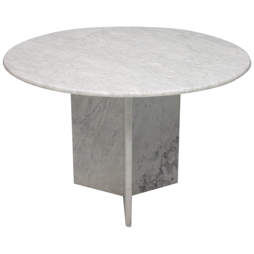 White Carrara Marble Dining Table, Italy, 1970s