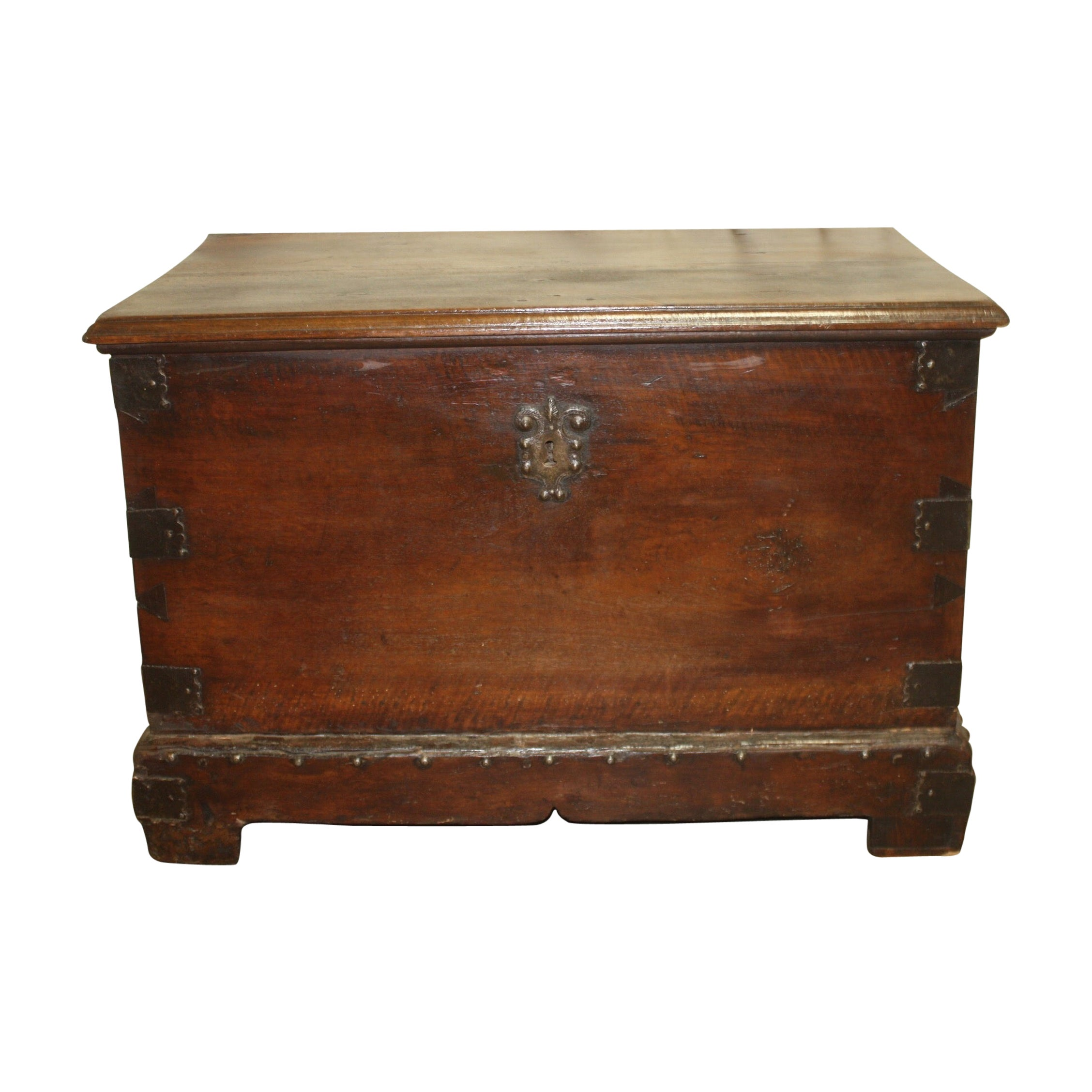 Superbe 17th Century French Blanket Chest or Trunk