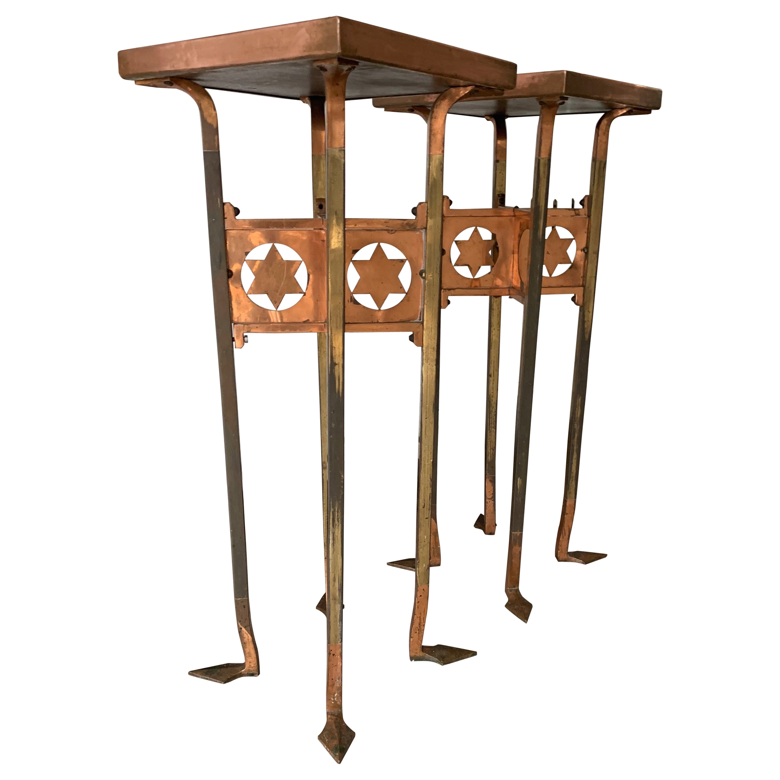 Striking and Top Quality Made Pair of Solid Brass Arts & Crafts Pedestal Stands