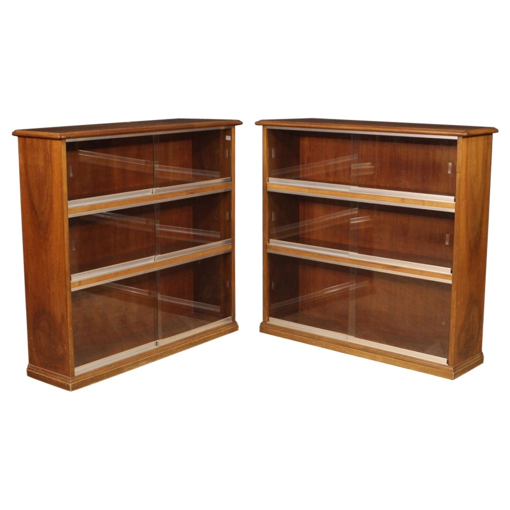 Pair of 20th Century Walnut Wood Italian Design Bookcases Vitrines, 1960