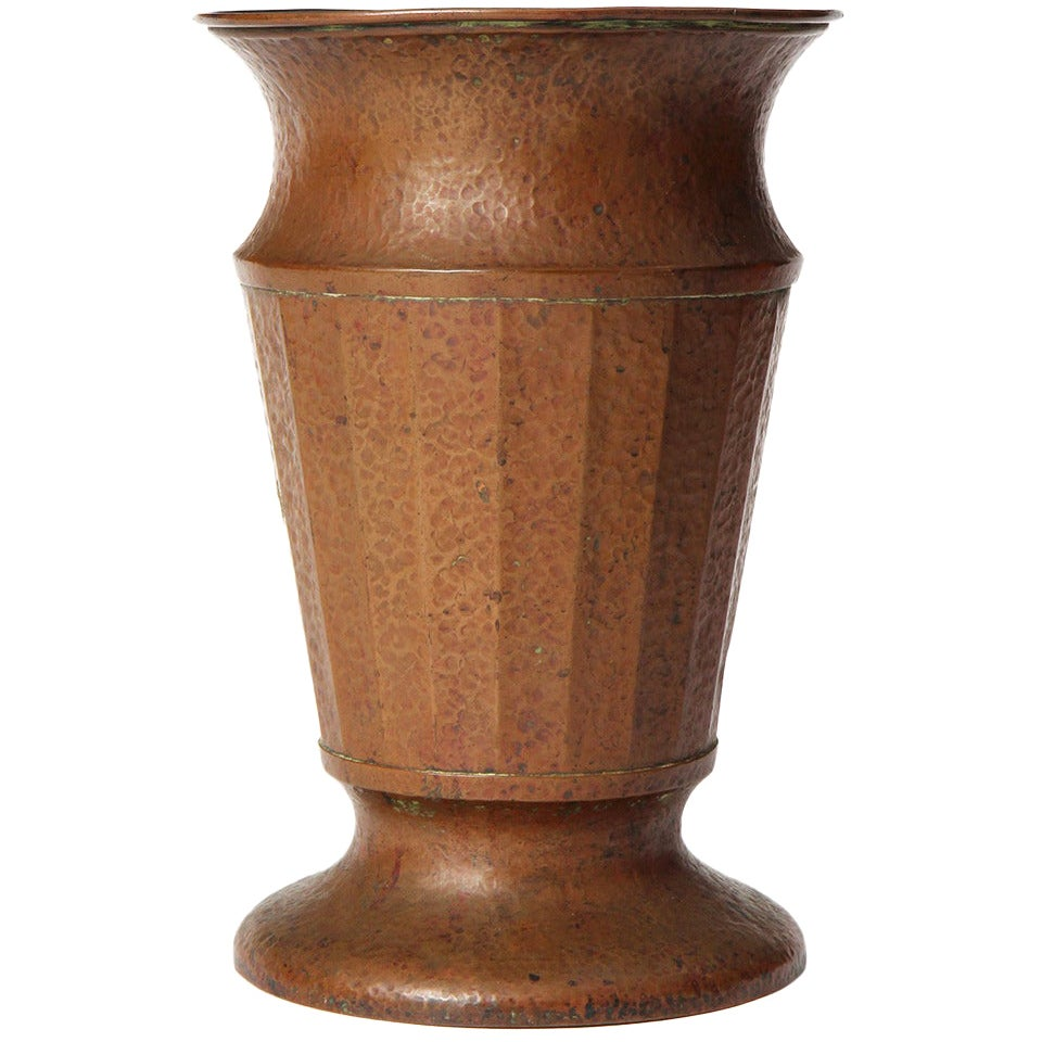 Early 20th Century Hammered Copper Jardinière by Jos Heinrichs