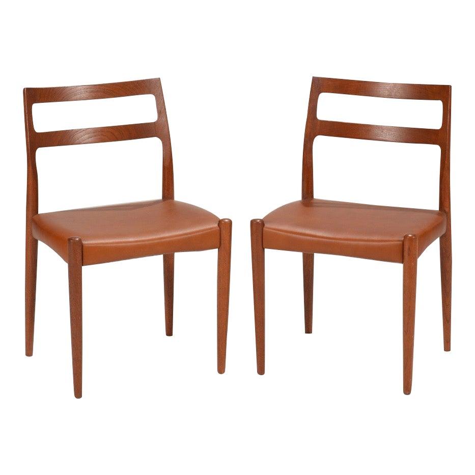 Set of Two Johannes Andersen for Uldum Møbelfabrik Danish Modern Dining Chairs