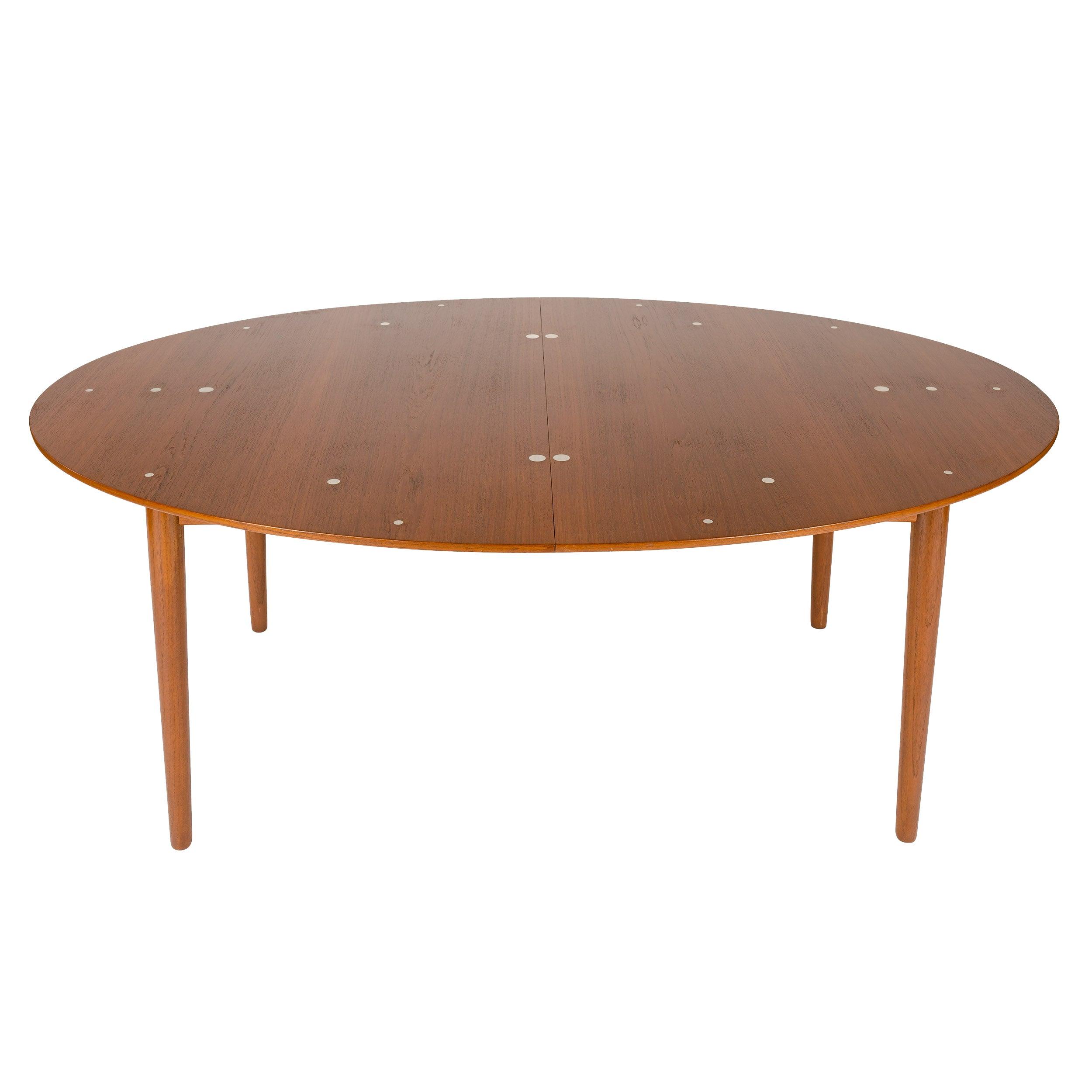 1950s Scandinavian Modern Judas Dining Table by Finn Juhl for Niels Vodder