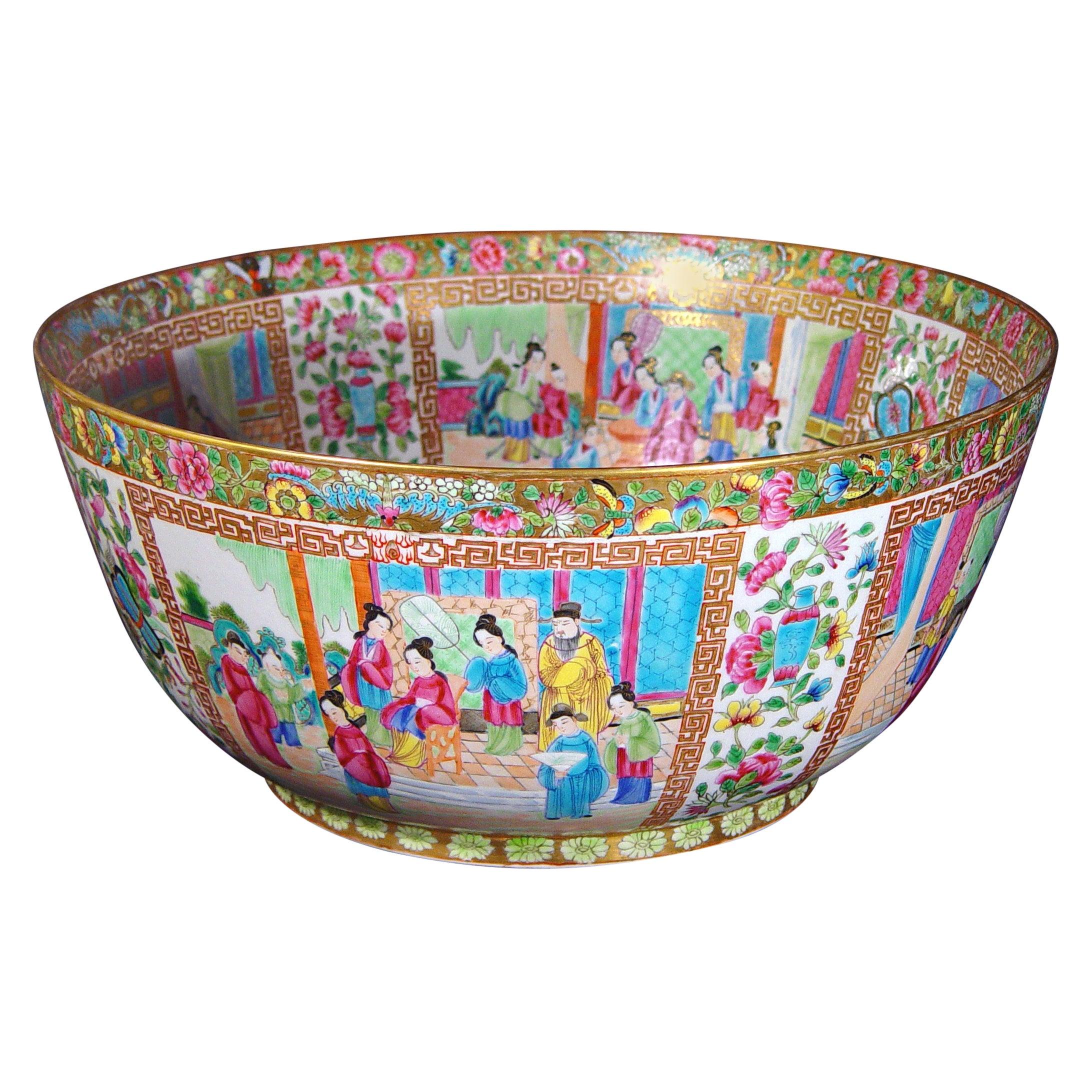Large Rose Canton Porcelain Punch Bowl, Edmé Samson et Cie, Paris, circa 1880