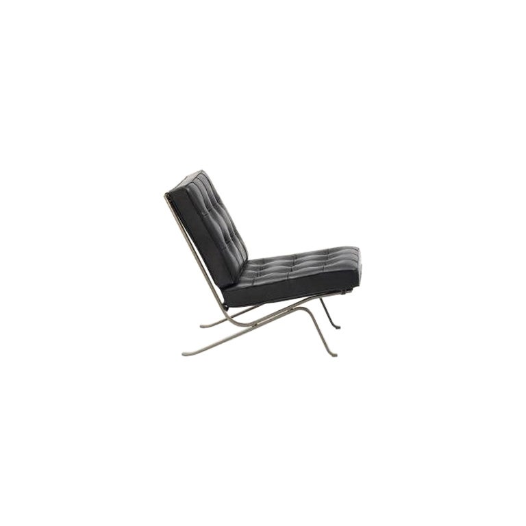 RH-301 Bauhaus Leather Tufted Lounge Chair with Steel Legs by Robert Haussmann