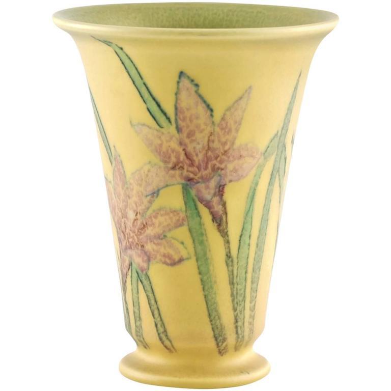 Kataro Shirayamadani Signed Rookwood Pottery Vase with Floral Motif For Sale