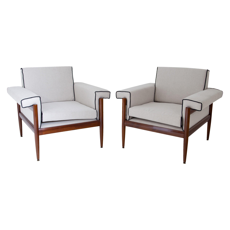 Pair of Italian Design Lounge Chairs, Trafilisa Isa Bergamo, Italy 1950s
