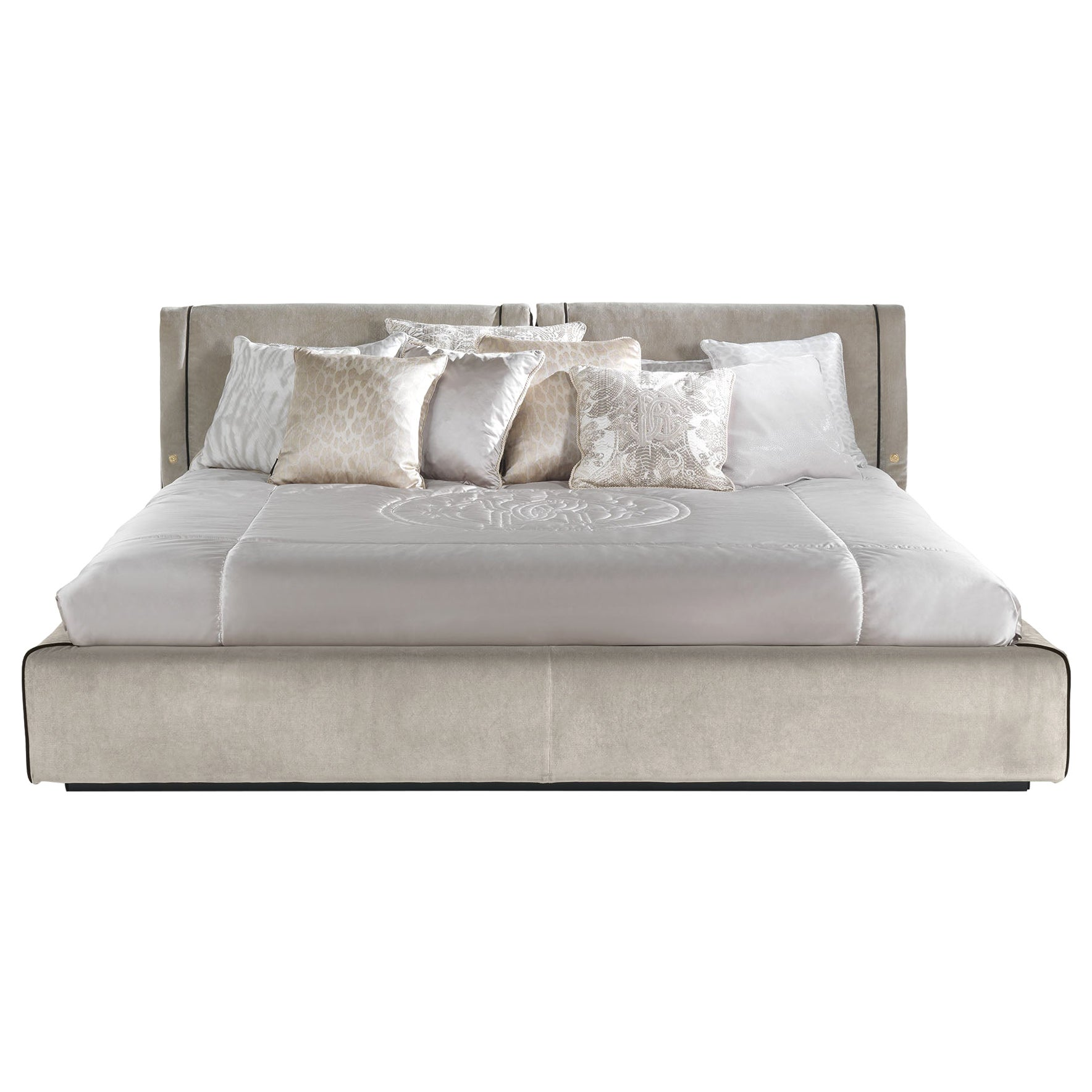 Smoking Bed in Sand Velvet with Brown Piping by Roberto Cavalli Home Interiors