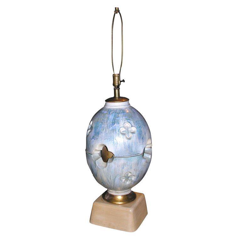 Italian Quatrefoil Pottery Lamp For Sale