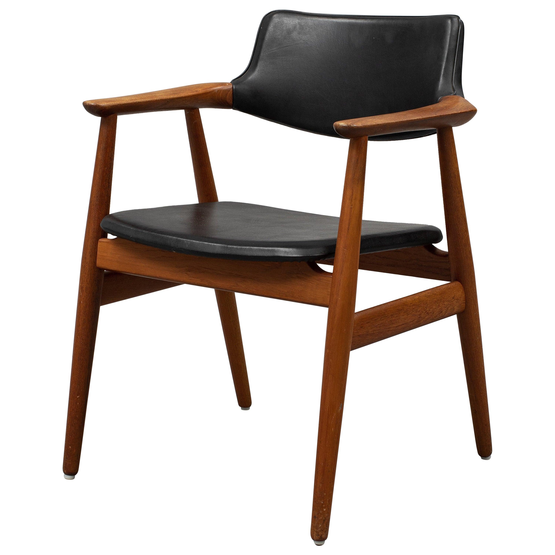 Danish Mid-Century Modern Teak Armchair by Svend Åge Eriksen for Glostrup