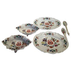 Italy Richard Ginori Late 18th Century Pair Porcelain Sauce Boats Tulip Decor