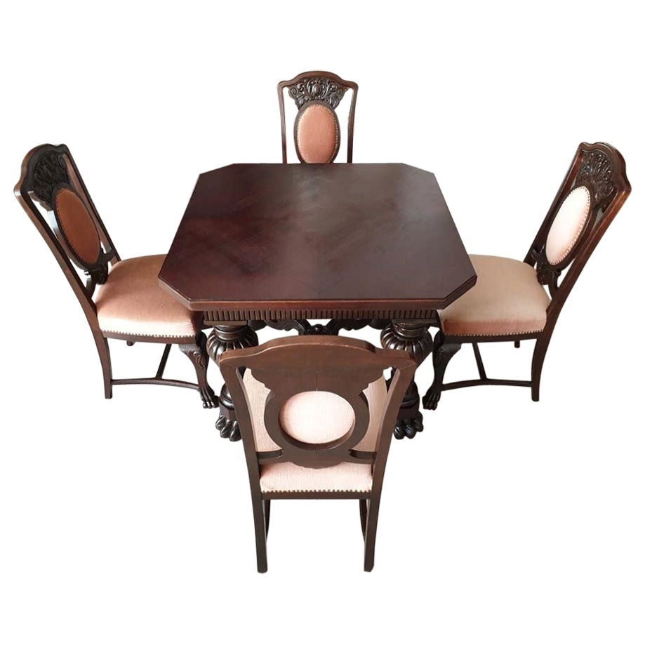 Renaissance Revival Table Set, Living or Dining Room, Table and 4 Chairs
