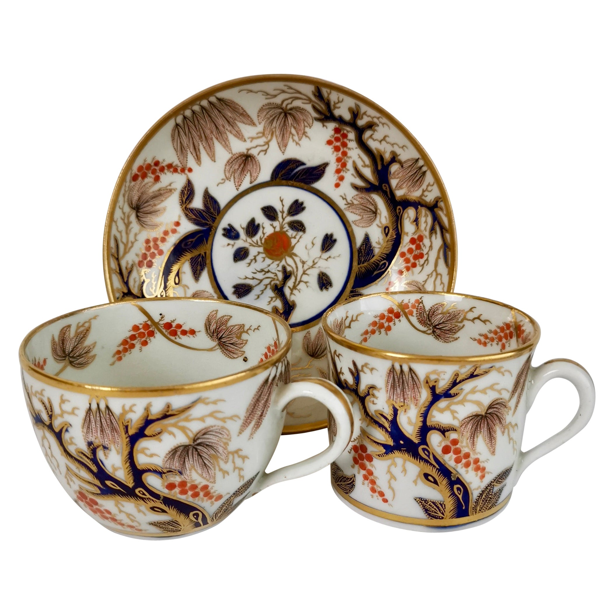 New Hall Porcelain Trio, Imari Vine Grey and Purple, Regency, circa 1810