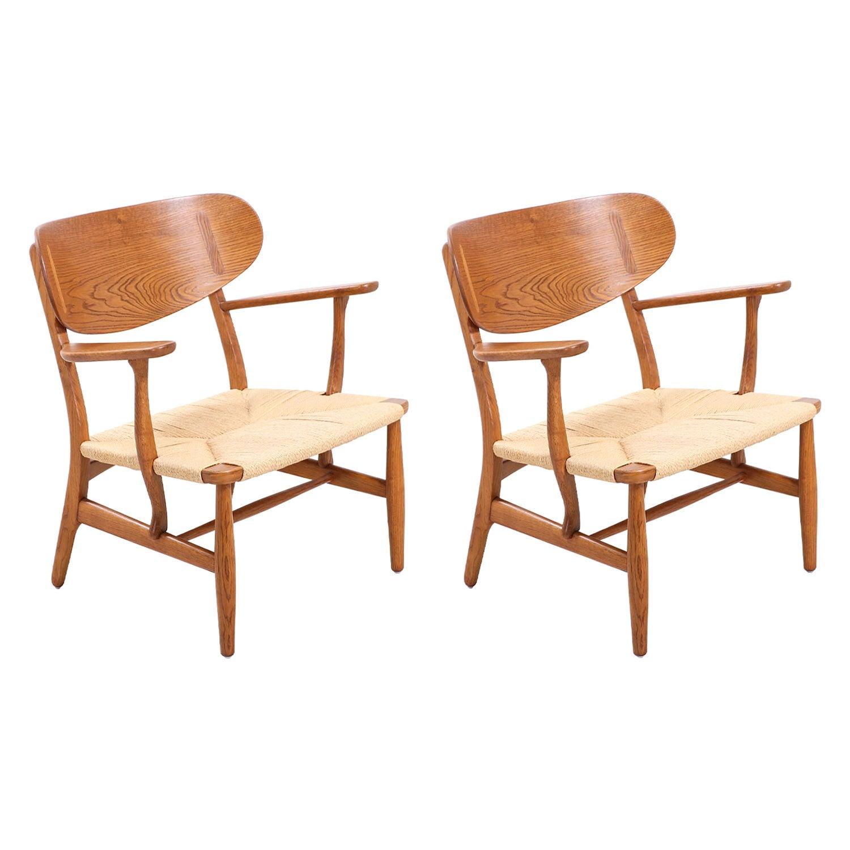 Pair of Hans J. Wegner CH-22 Lounge Chairs for Carl Hansen & Søn